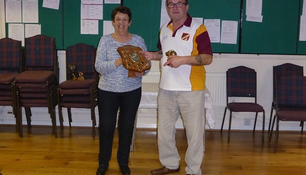 Cottee wins carpet bowls singles title